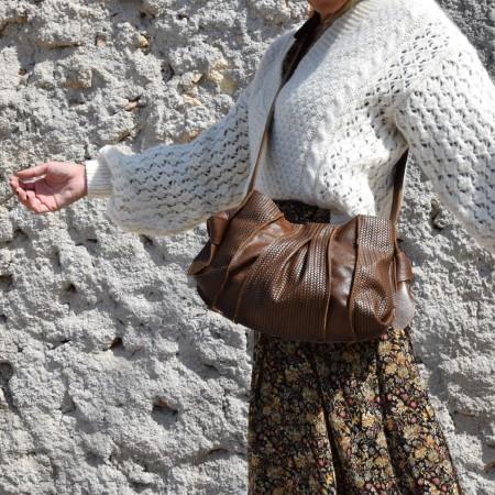 'Reina' shoulder clutch bag in caramel brown